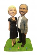 Couple Arm in Arm Bobblehead