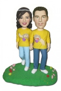 Couple walk On The Grassplot Bobblehead