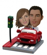 Couple In Car At Stoplight Bobblehead